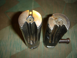 Bolt of a MP18 (left) and MP40 (right)