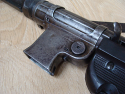 Magazine receiver early MP40