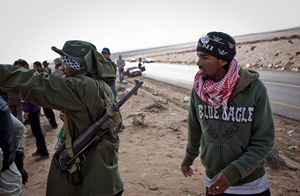 A libyan resistance fighter with MP38