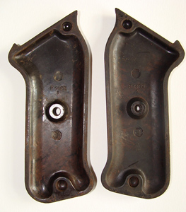 Inside MP40 grip plates (code 38) A.E.G version